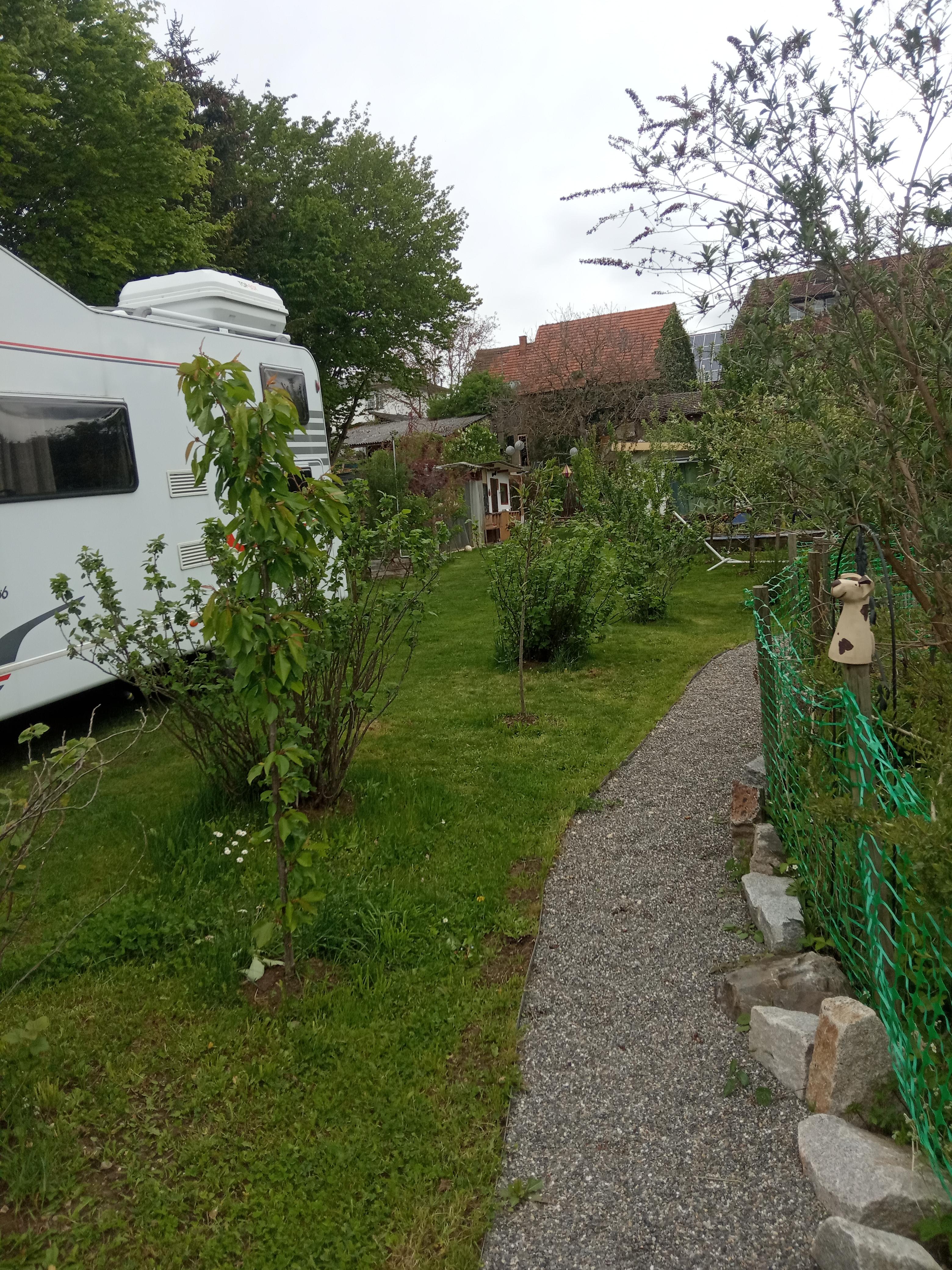 Stellplatz/Camping in unserem Garten